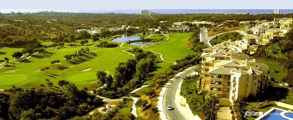 Elviria Sur, un lujoso sector residencial con campo de golf y sabor mediterráneo.