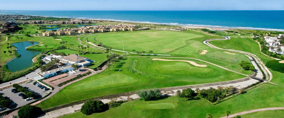 Costa Ballena Golf, 36 hoyos más modernos que nunca bañados por las aguas del Océano  Atlántico.